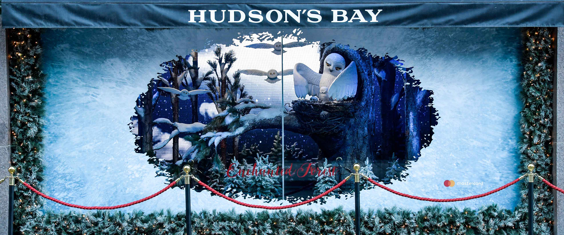 Hudson's Bay Iconic Christmas Window Display Designs - Central Station