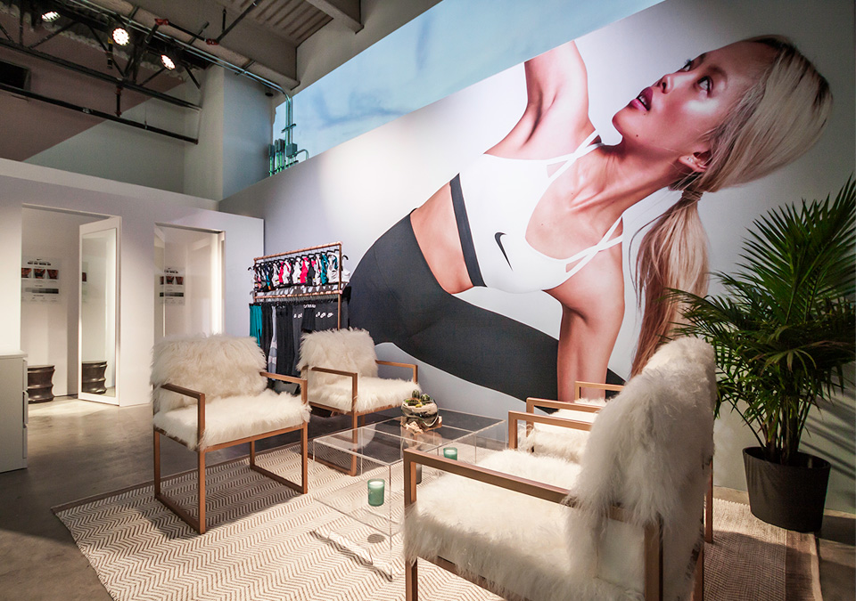 Merchandising Displays that Educate & Inspire for Nike BraHaus - Central Station